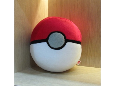 Boneka PokeBall