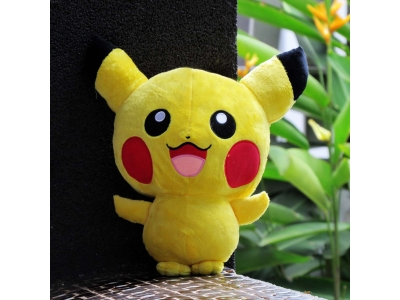 Boneka Pikachu Big Head